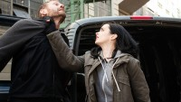 """How Netflix's """"Jessica Jones"""" Captures The comic it's in keeping with–And the way it does not"""