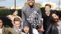 "AT&T Launches ""hello Lab"" So online Stars Can lure young cell users"