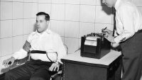 You're Actually A Terrible Lie Detector, But Here's How To Get Better
