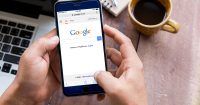 Google Plans to Make Mobile Search a Priority