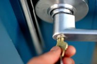 Locksmith Owner Launches New Challenge To Search Results