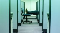 Three Mistakes You'll Regret When You're Trying To Leave A Crappy Job