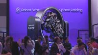 Samsung skips robots to focus on health wearables