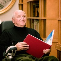 Architect Michael Graves Dies At 80