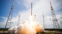 """Watch live: SpaceX Launches A Rocket And Tries To Land It On A Floating """"Drone Ship"""""""