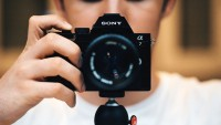 Sony's Clever Trick For Taking A Photo Without Touching The Camera