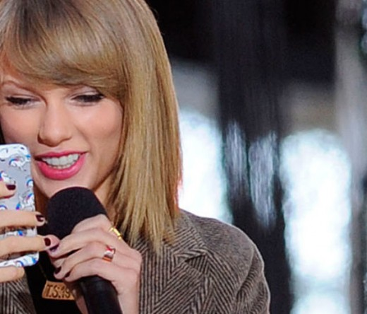 High School Student's Challenge To Taylor Swift Goes Viral, Finals Canceled If She Calls Teacher