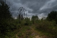 superbly Creepy pictures convey What occurs whilst you Abandon An amusement Park
