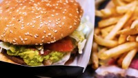 Your Google Searches Will Now Pull Up Fast Food Calorie Counts