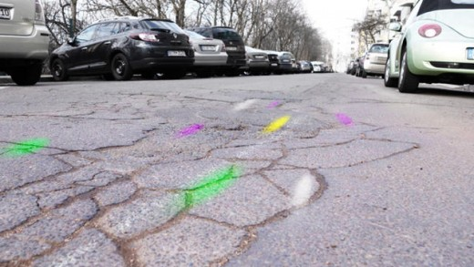 This cycling App Auto-Spray-Paints Potholes So Cities recognize the place Repairs Are needed