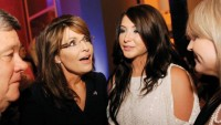 Sarah Palin, Bristol Palin Criticize Muslim teenager Invite To White house by means of Barack Obama