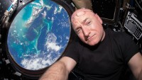 Astronaut Scott Kelly again on the earth After environment document house Flight