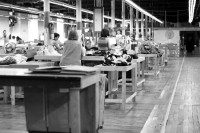 Why apparel Startups Are Returning To American Factories