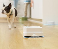 """just like the Maid In """"The Jetsons,"""" iRobot's Braava Will Mop The floors"""