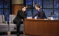 John Stamos Reads poor critiques on Late night With Seth Meyers For Fuller house