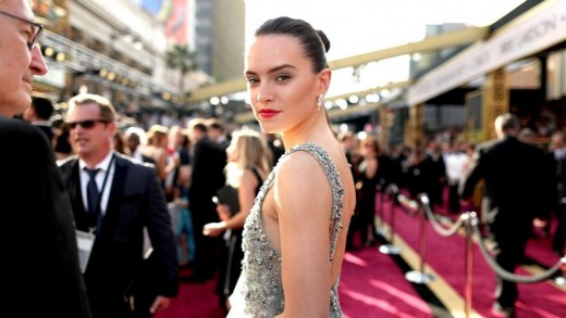 Mark Hamill's Luke Skywalker Is beautiful Cool In Upcoming famous person Wars Says Daisy Ridley
