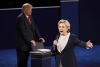 Clinton Dominates Searches, While Trump Takes Social During Debates