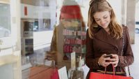 Study: 83 percent use smartphones in stores, Facebook the most widely used app