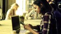 LinkedIn Data Shows More Cash-Strapped Millennials Turning To Part-Time Freelancing