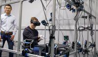 Mark Zuckerberg demos finger-tracking Oculus gloves