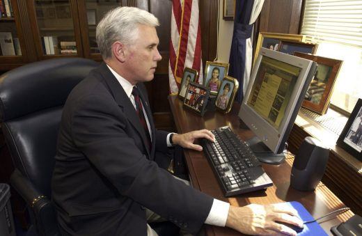 VP Mike Pence used AOL email for state business while governor