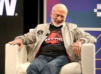 Buzz Aldrin turns to VR to explain how we can get to Mars