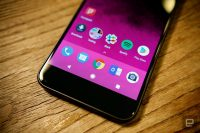 Google might bring curved screens to its next Pixel phone