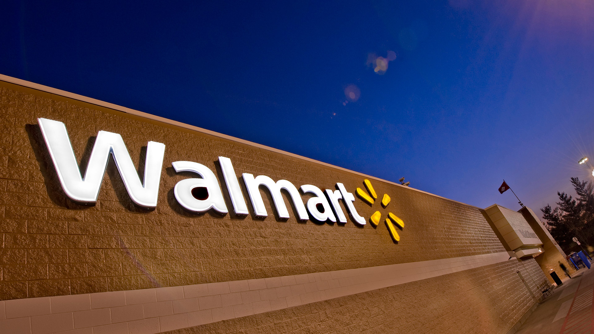 Survey: Almost one-third of Amazon sellers plan to expand to Walmart.com this year