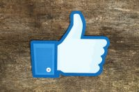 Facebook topics could be the antidote to news echo chambers
