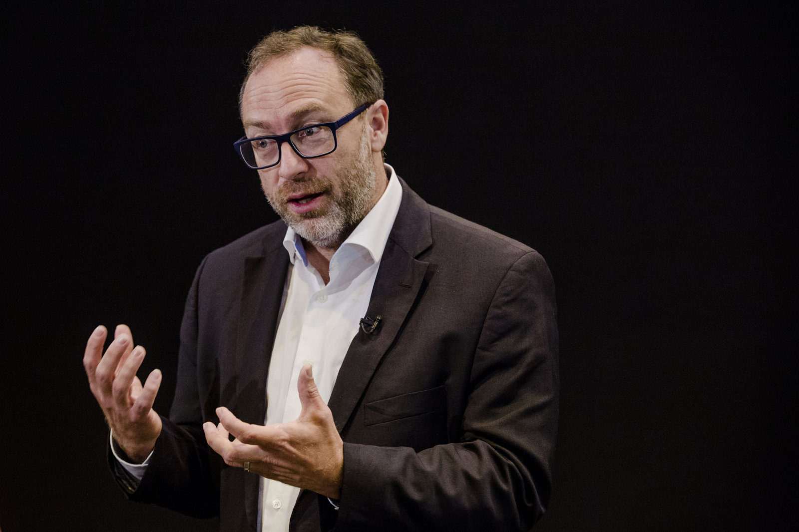 Wikipedia co-founder launches Wikitribune to fight fake ...
