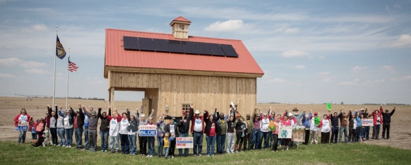 Farmers And Ranchers Are Planning To Install Solar In The Path Of The Keystone Pipeline | DeviceDaily.com
