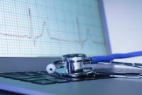 Algorithm spots abnormal heart rhythms with doctor-like accuracy