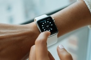 Apple Watch to be sold alongside Aetna health insurance plans