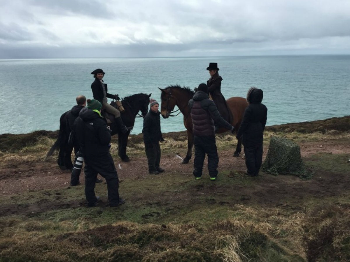'Poldark' Season 4 Star Aidan Turner Confirms Filming Will Start in September; Cornwall, Wiltshire, Bristol  and  Somerset to be the Filming Location | DeviceDaily.com