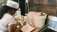 This Pop-Up Restaurant Trains Refugee Chefs While It Serves Their Delicious Food