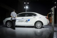 China aims for an industry-changing ban on fossil fuel cars