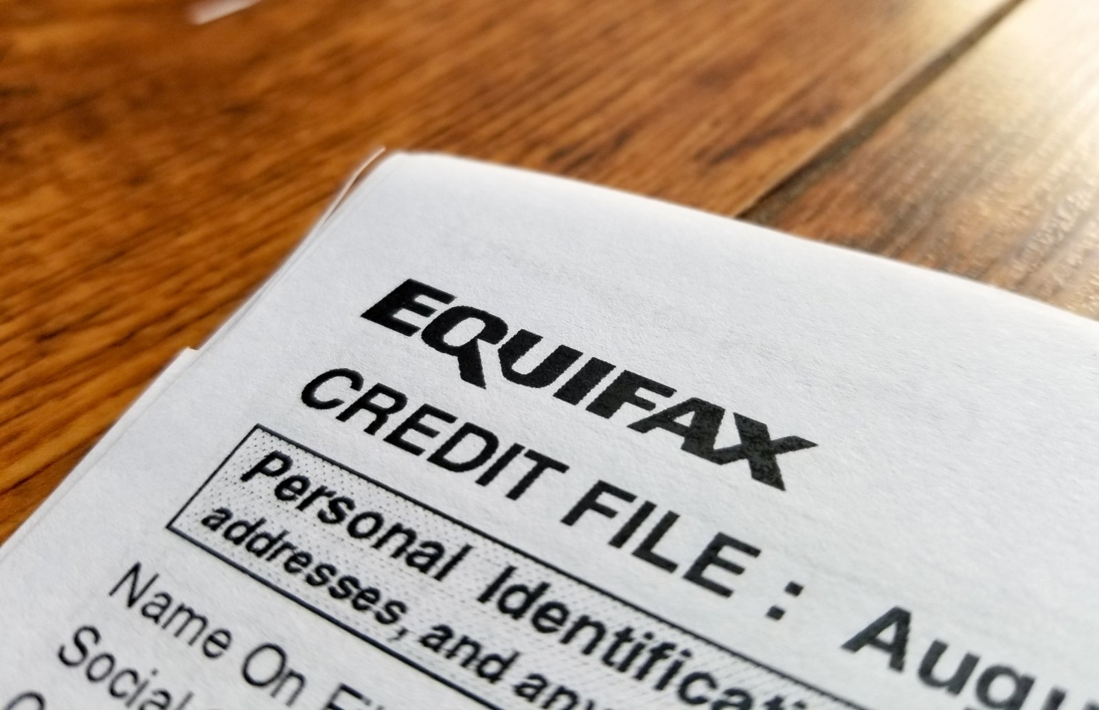 Equifax blames breach on a server flaw it should've patched | DeviceDaily.com