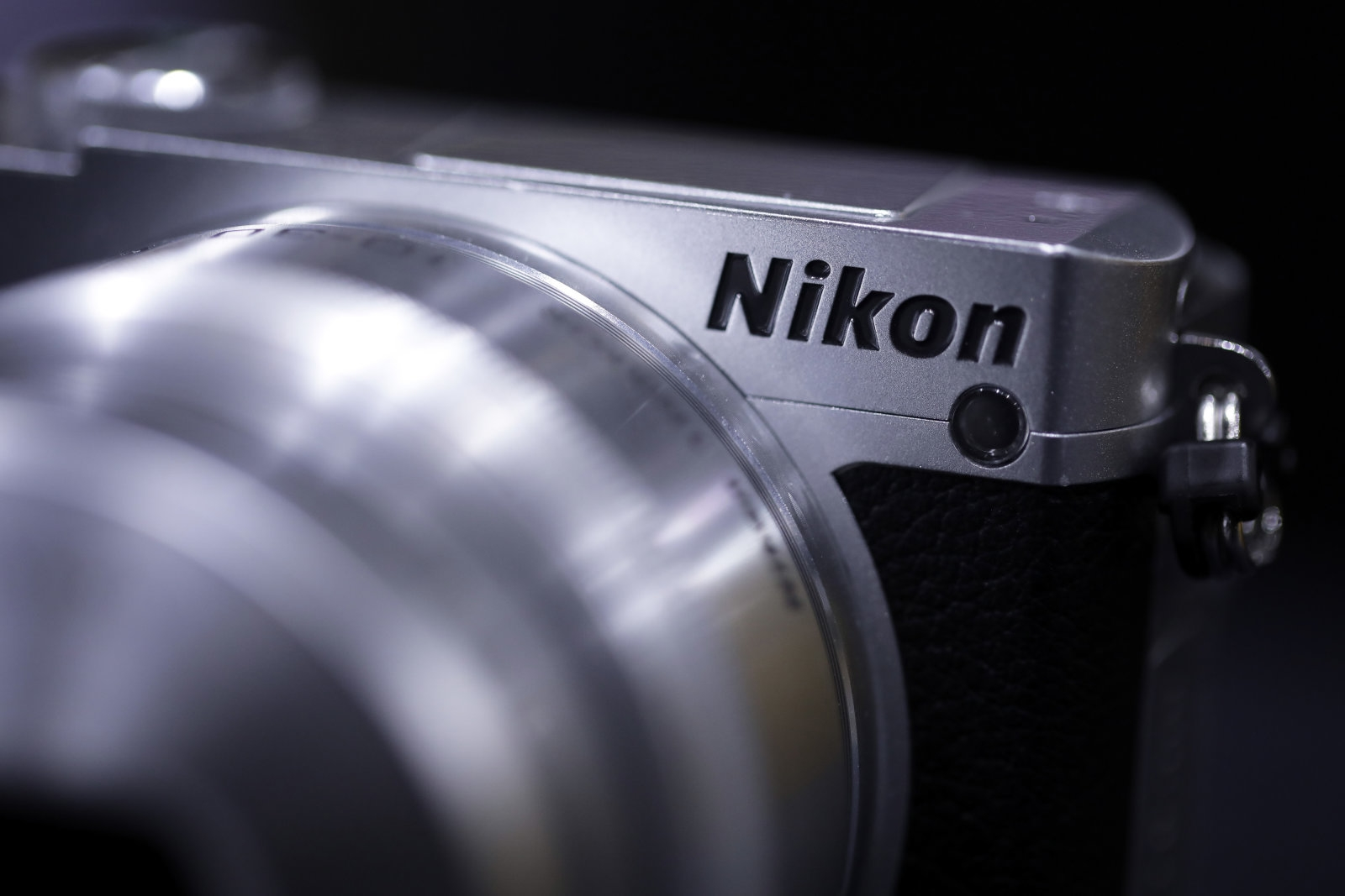 Nikon is making a full-frame mirrorless camera | DeviceDaily.com
