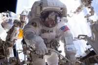 Watch record-setting astronaut Peggy Whitson's return to Earth