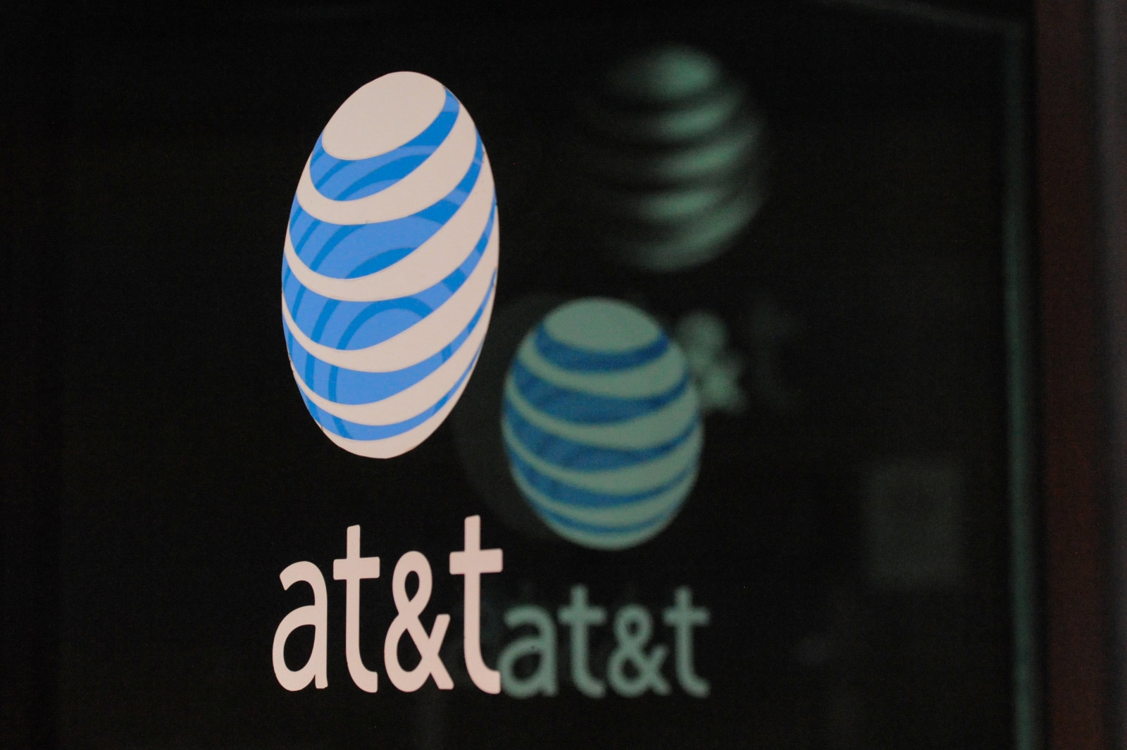 AT and T's rural wireless internet is now available in 18 states | DeviceDaily.com