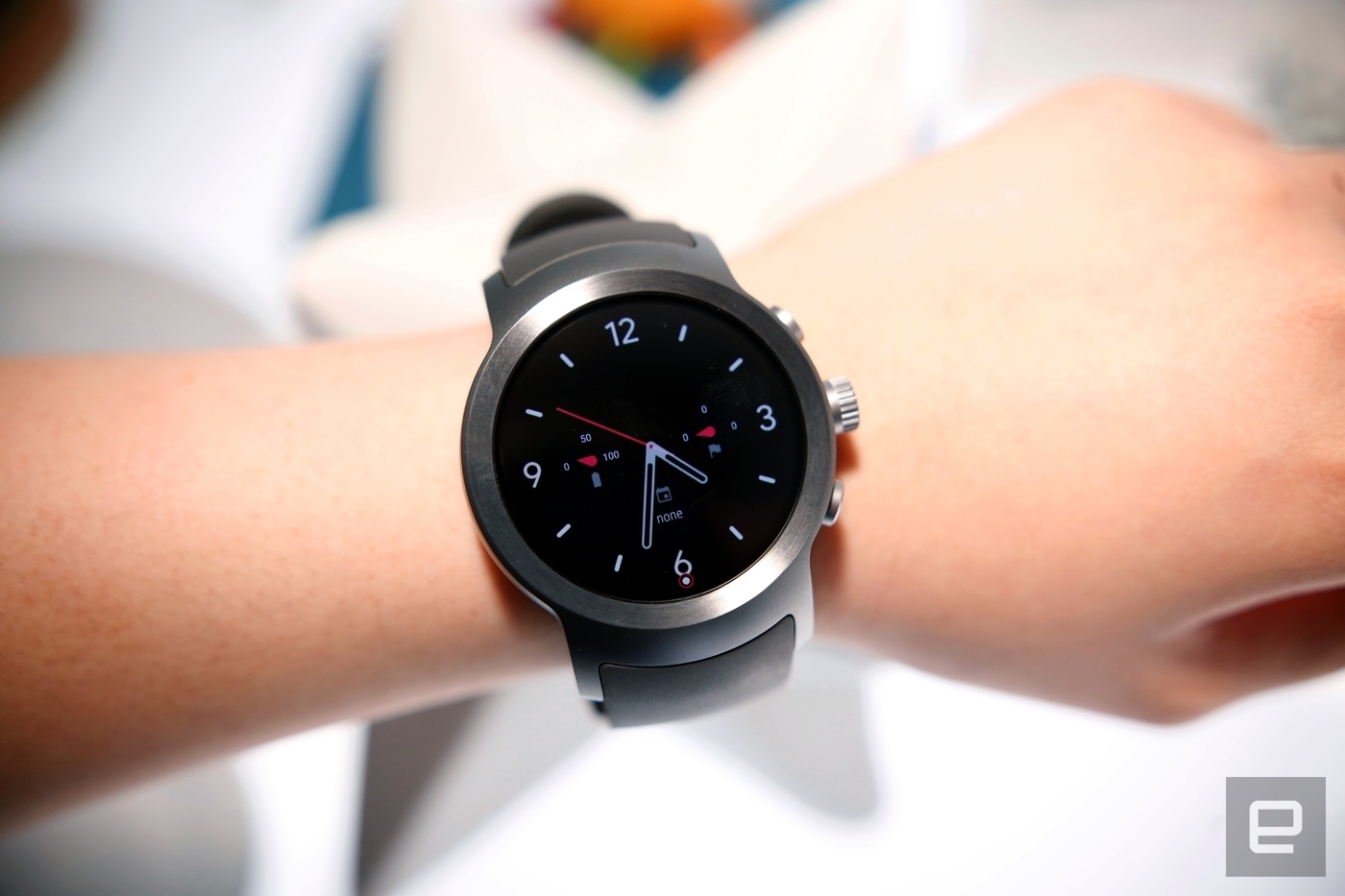 Google removes Android Wear section from its online store | DeviceDaily.com