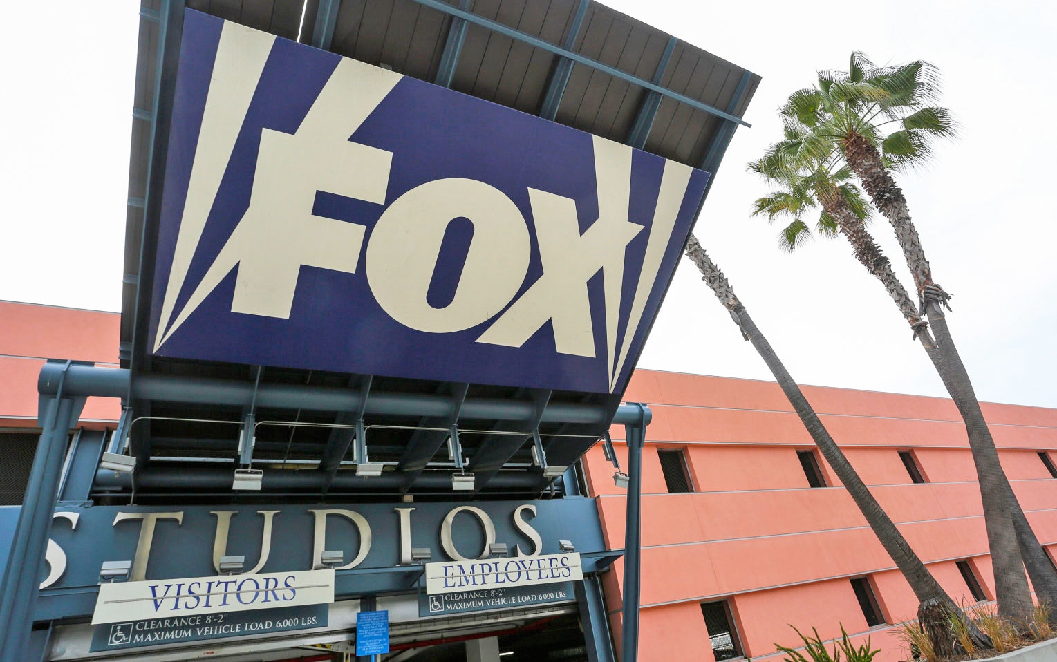21st Century Fox held talks to sell most of its assets to Disney | DeviceDaily.com