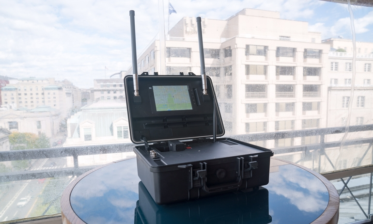 DJI's scanner can nab info on drones mid-flight | DeviceDaily.com