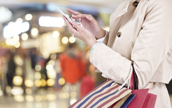 Holiday Mobile Purchases Set Record, Jump To Meet Search Growth | DeviceDaily.com