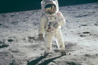 Trump to sign directive ordering NASA to return to the Moon