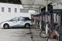 China halts production of 553 car models over fuel efficiency