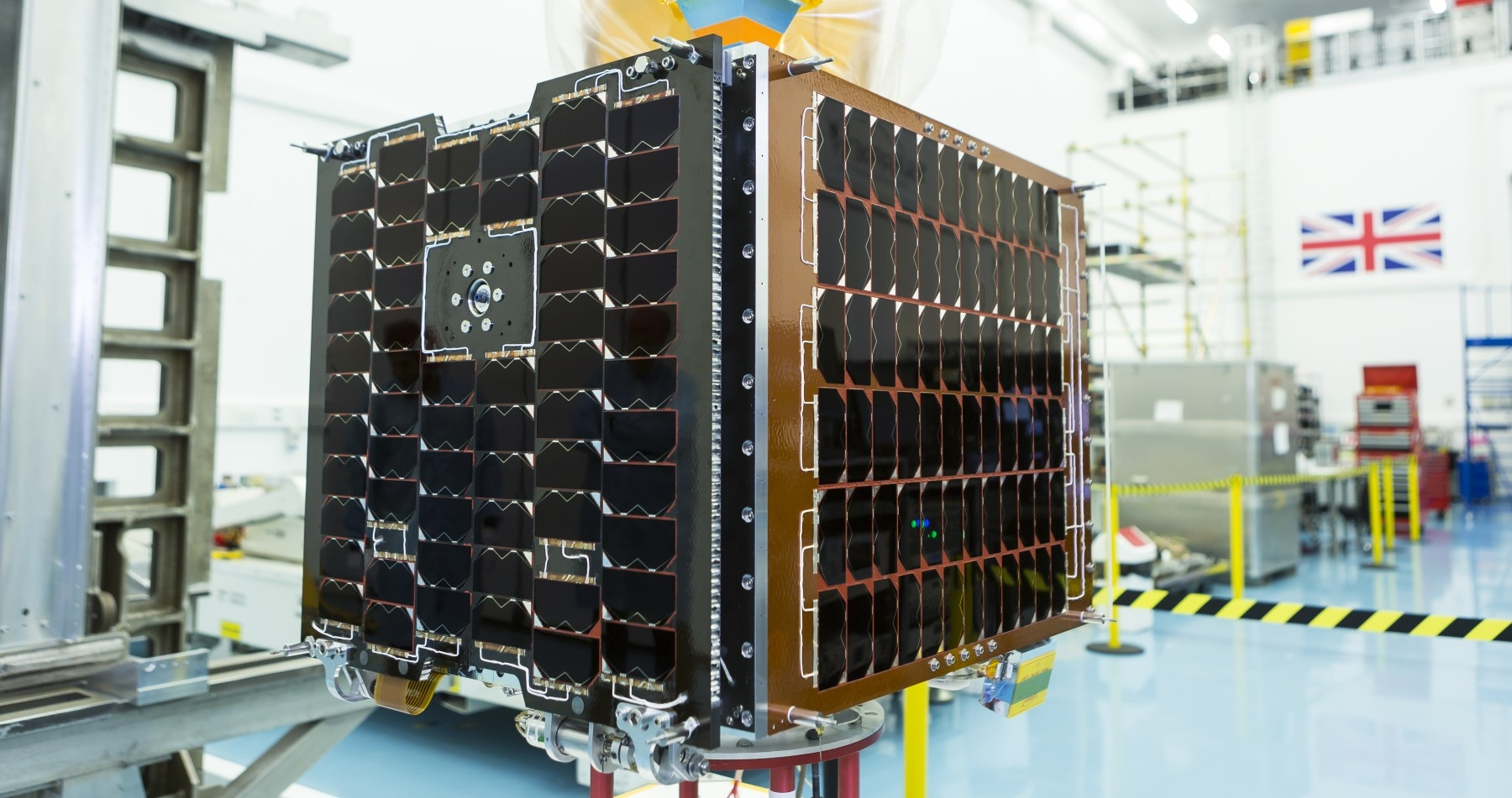 Prototype satellite makes way for 4K 'Earth observation' | DeviceDaily.com