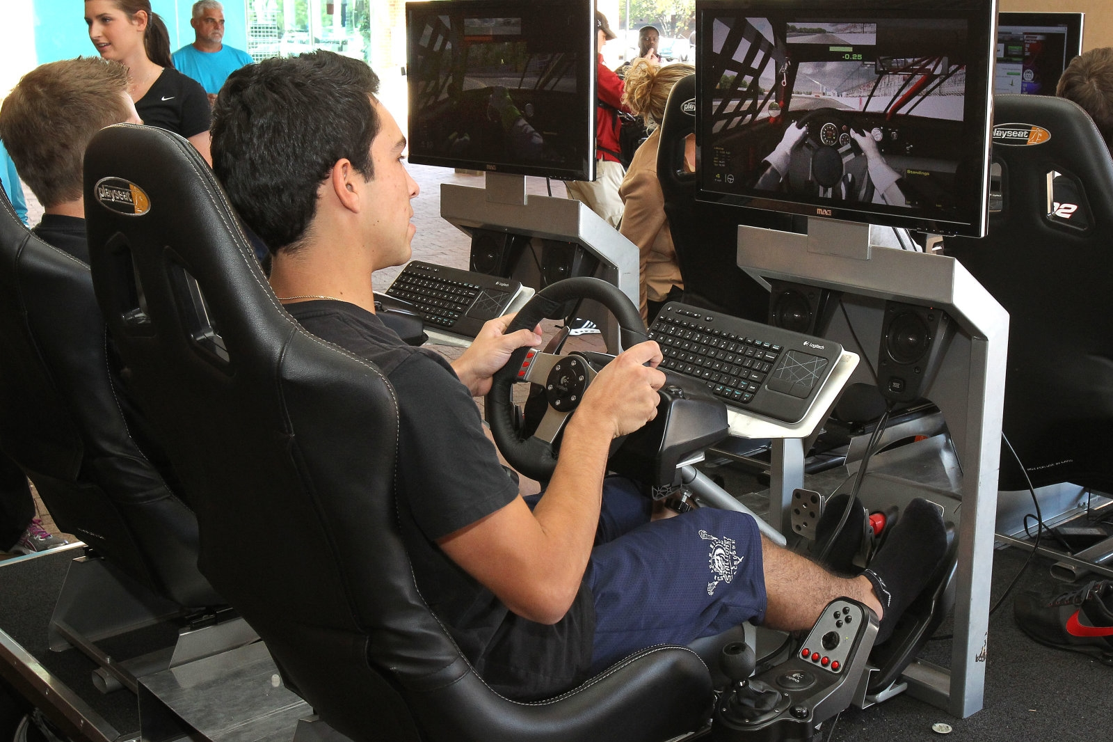 NASCAR developing two different e-sports championships | DeviceDaily.com