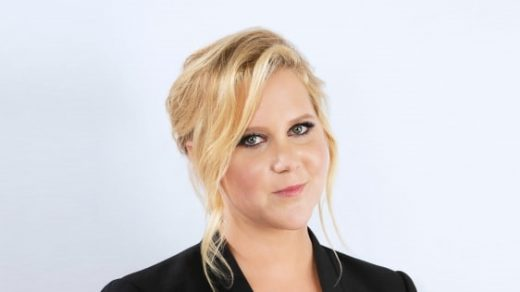 "Amy Schumer On Aziz Ansari: ""It's good for everybody to learn that behavior's not acceptable."""