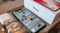 Apple may delay new iPhone features until iOS runs smoother